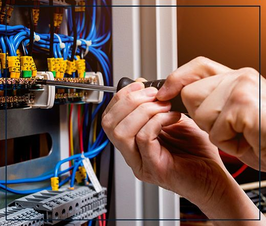 commercial electrician in Austin, TX
